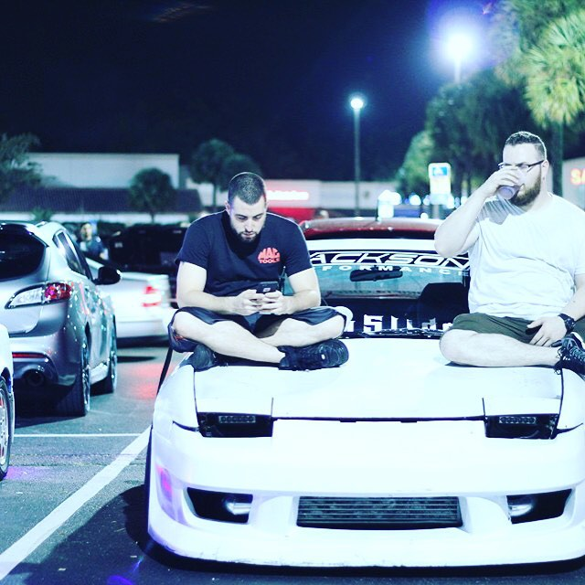 sittinpretty-enjukuracing-hangout-chillin-jacksonperformance-white-s13-nissan